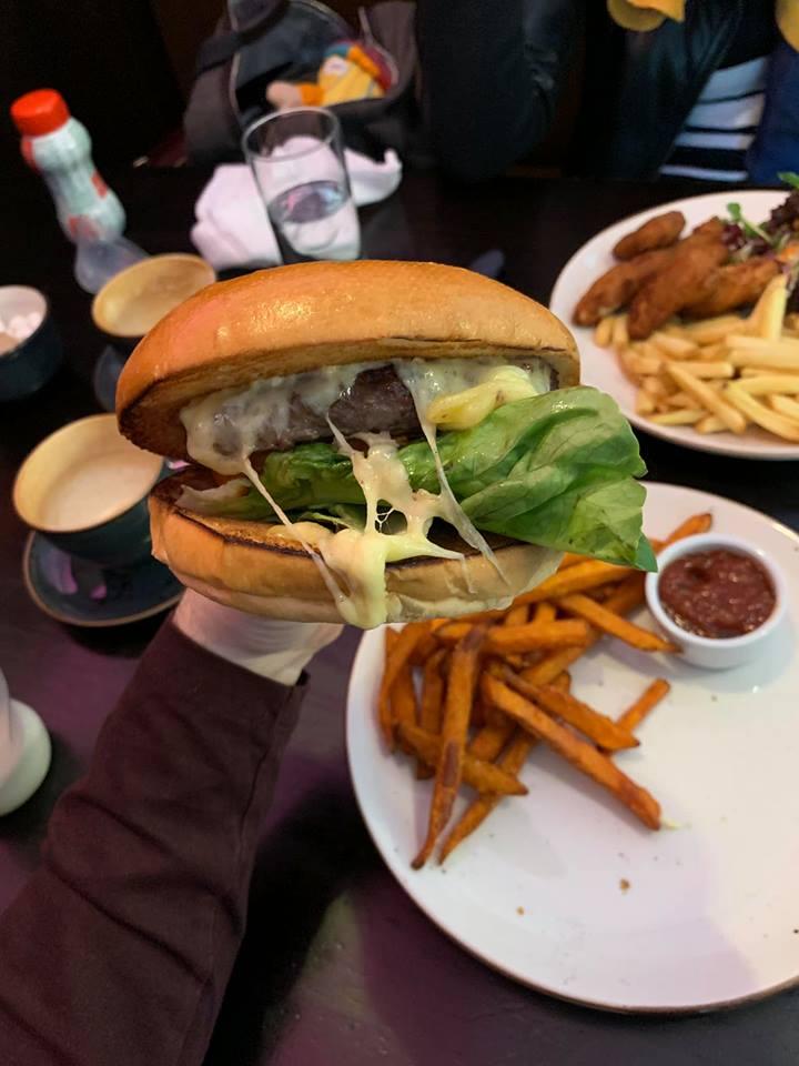 MAC Burger.jpg